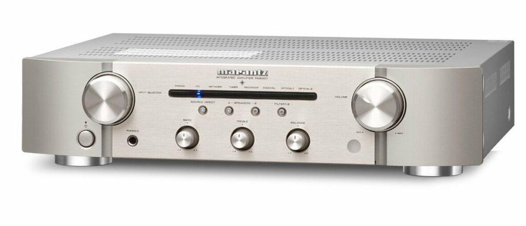 PM6007 Geïntegreerde versterker met digitale connectiviteit